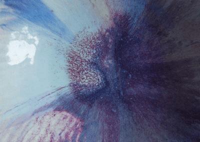 Porzellanschüssel Durchmesser 35cm, reduzierend im Holzofen bei 1250°C gebrannt. Glasur aus Feldspat und Aschen